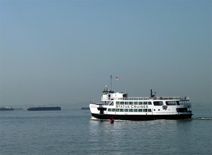bateau croisière statue liberté