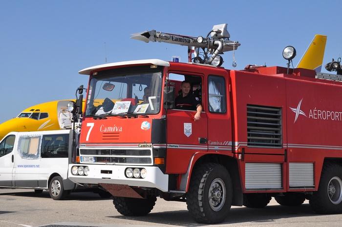 camion pompier aéroport lyon