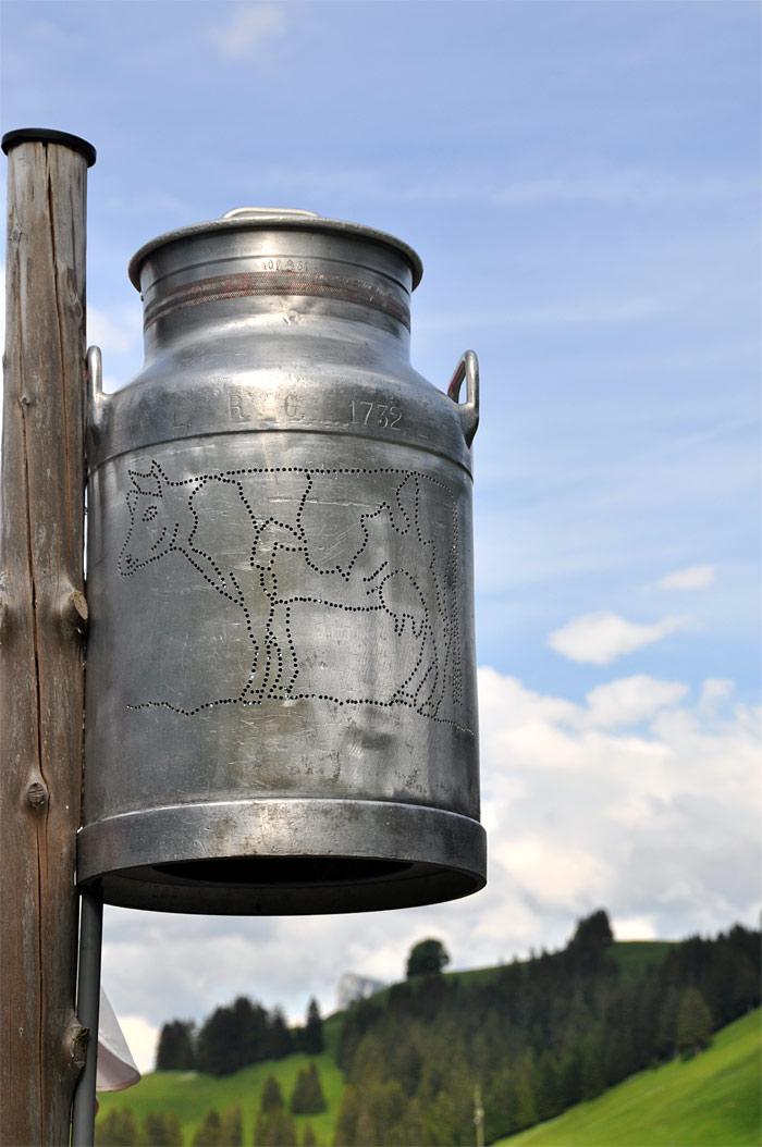 pot à lait Suisse