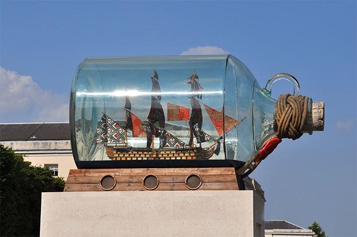 navire de Nelson bouteille