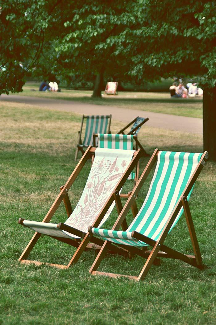 chaises longues parc Londres