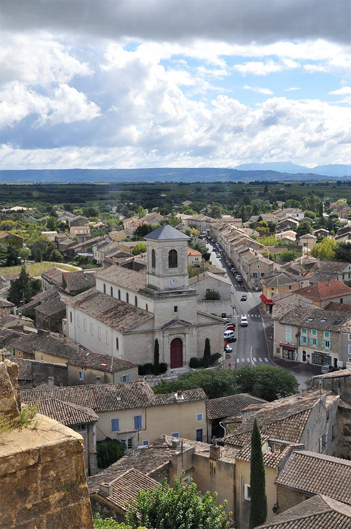 village Suze la Rousse