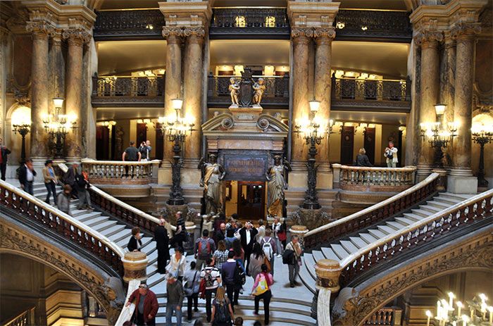 grand escalier opera garnier paris