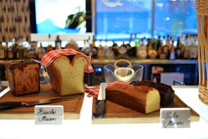 cakes brioche