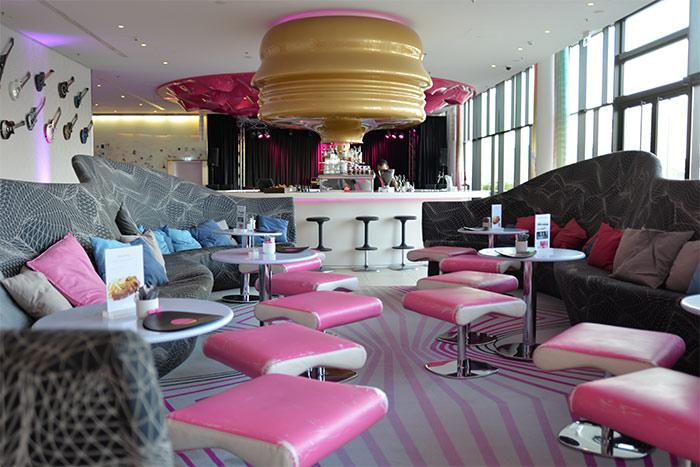 bar lounge nhow berlin