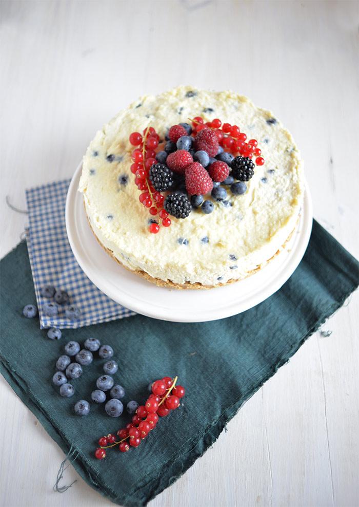 blueberries cheesecake