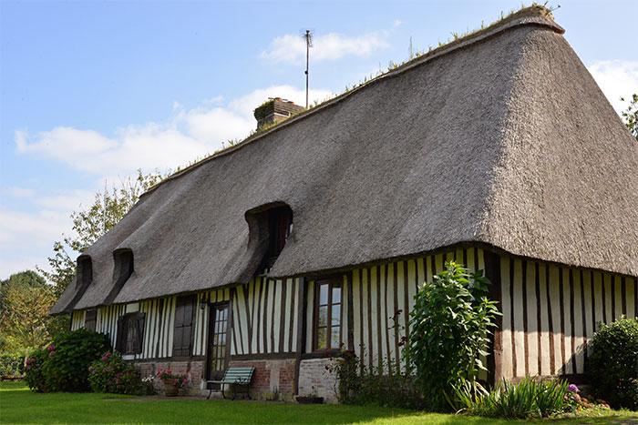chaumière toit chaume