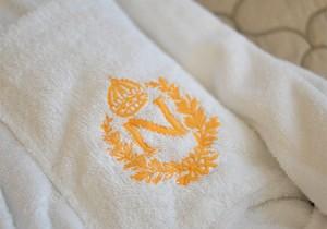 peignoir hotel napoleon paris