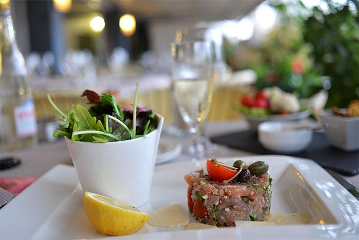 tartare de thon sashimi carlton beach restaurant