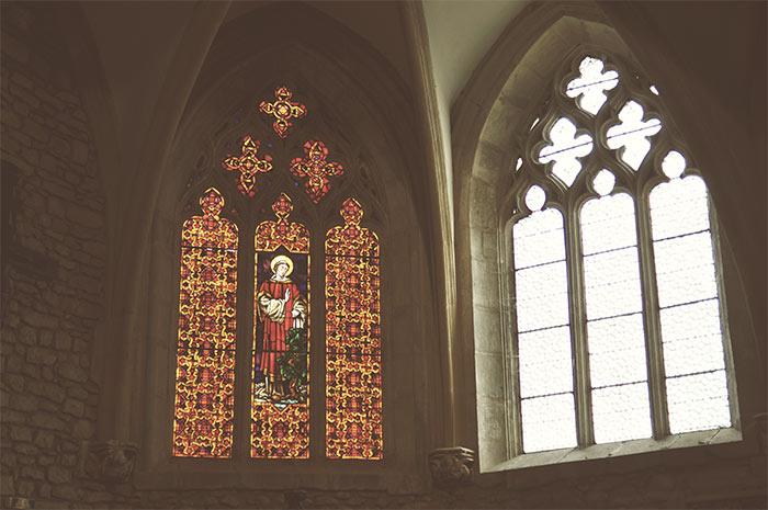 vitraux chapelle château de couches
