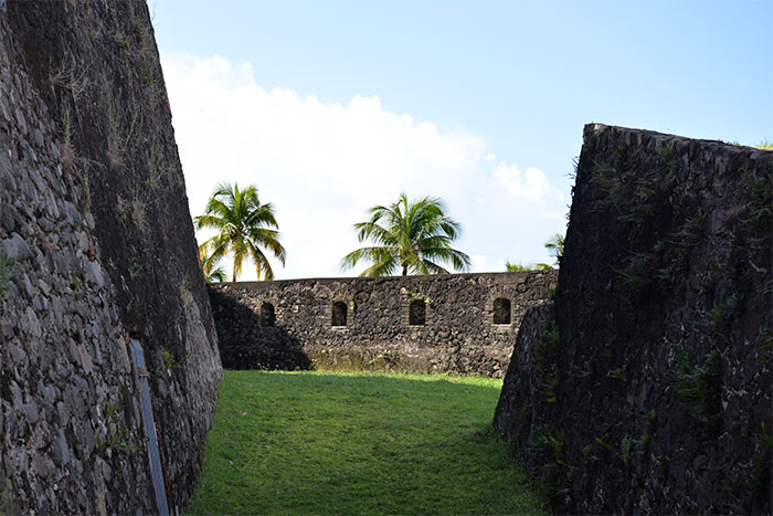 martinique fort saint louis