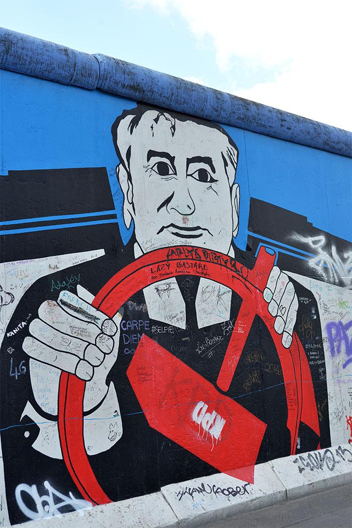 Mur de Berlin street art