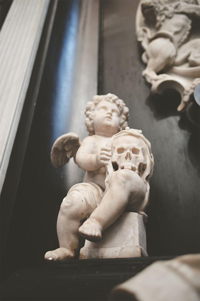 sculpture cathédrale gand ange