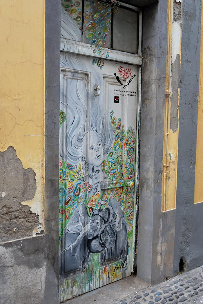 portes peintes funchal