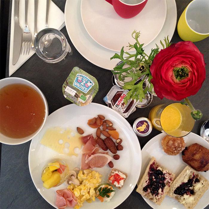 petit déjeuner la parizienne