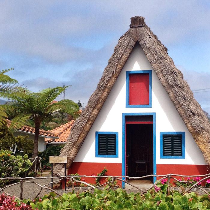 maisons toits de paille Santana