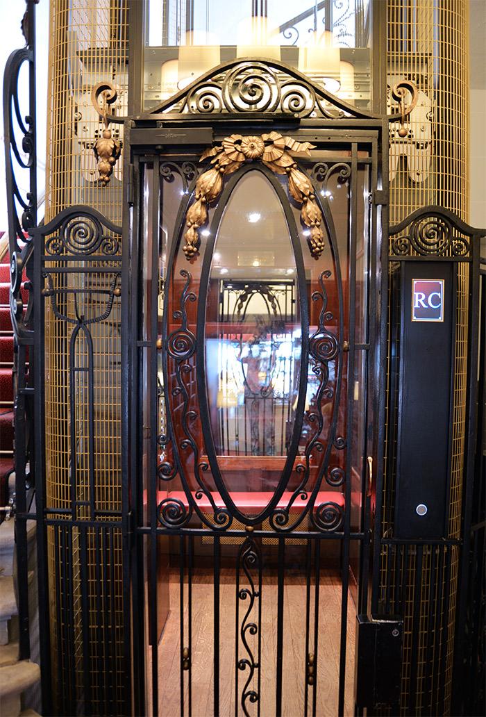 ascenseur roux combaluzier