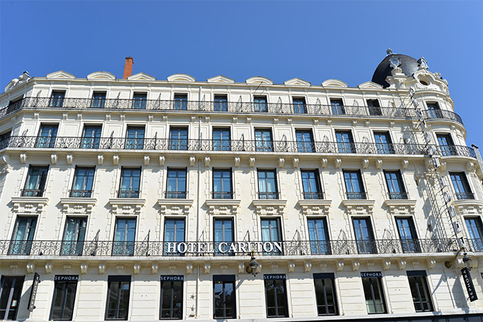 lyon hotel carlton a taste of my life