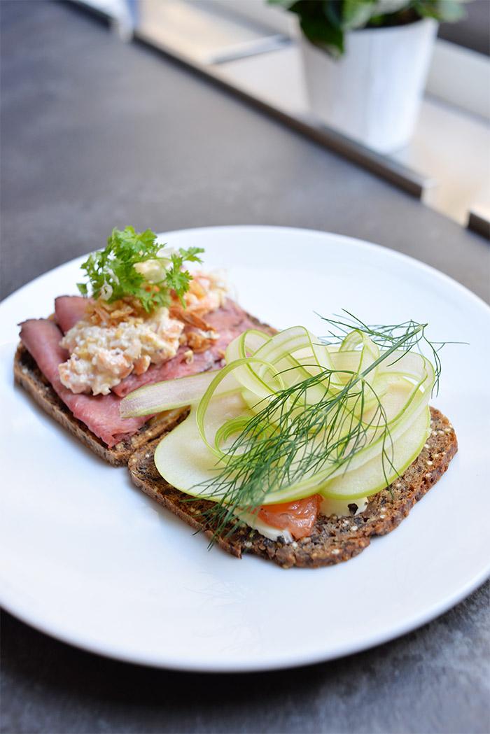 smor & brod lyon restaurant