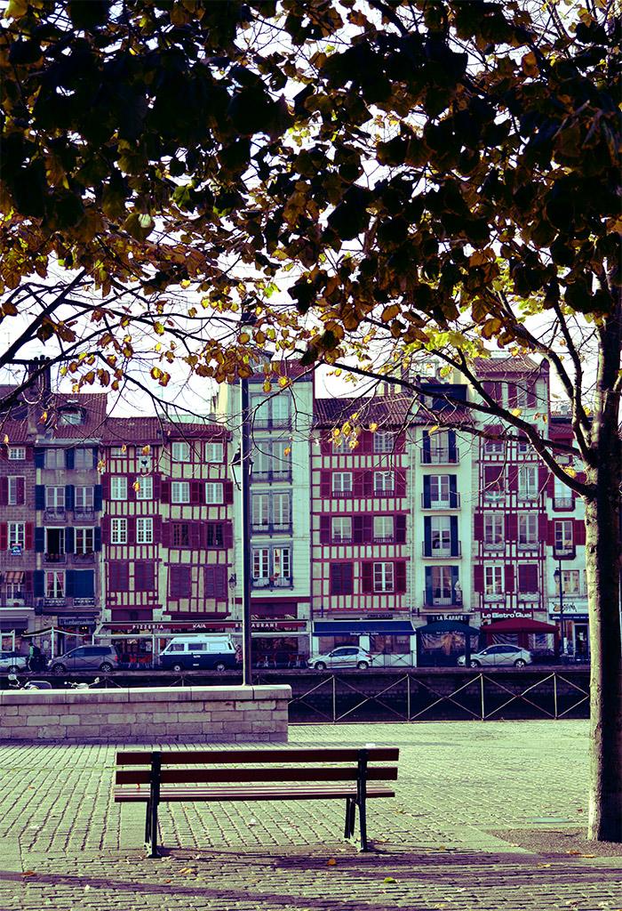 Pays Basque Bayonne Quais Nive Maisons
