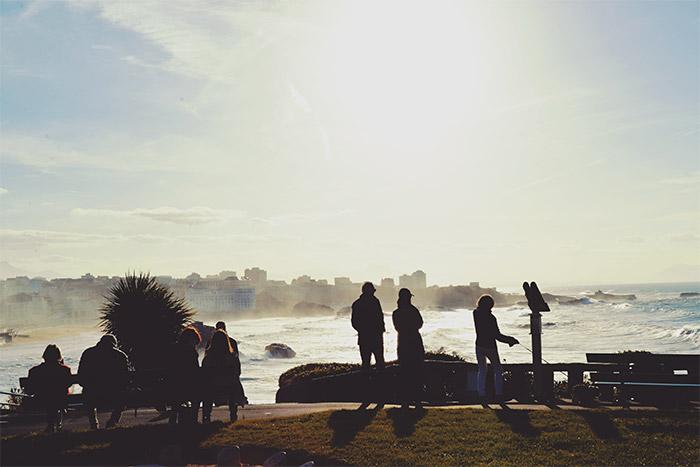 biarritz phare jetee vagues