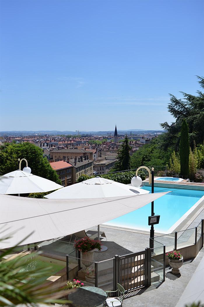lyon villa florentine piscine
