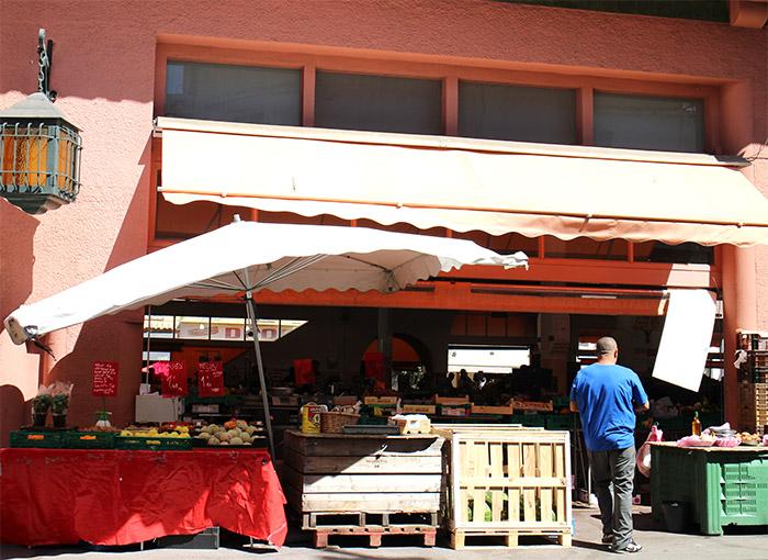 Cannes marché Suquet