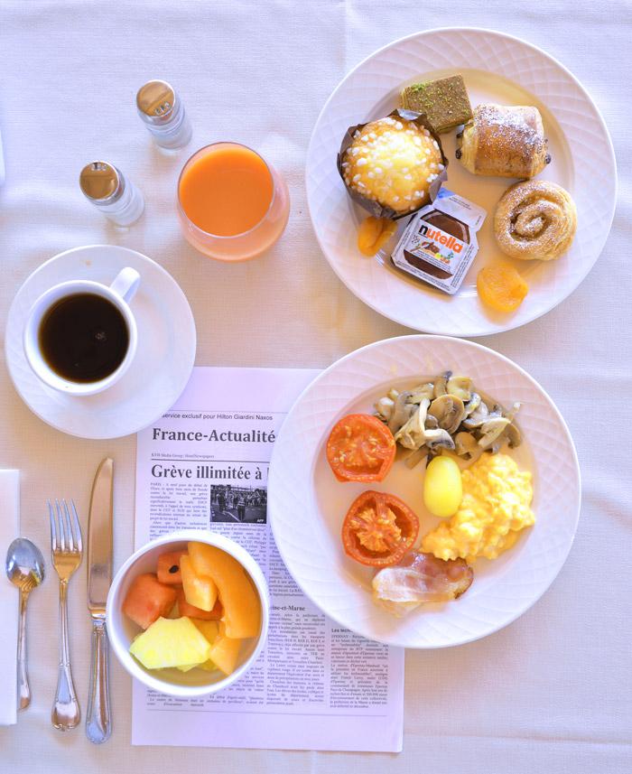 petit déjeuner hilton giardini naxos