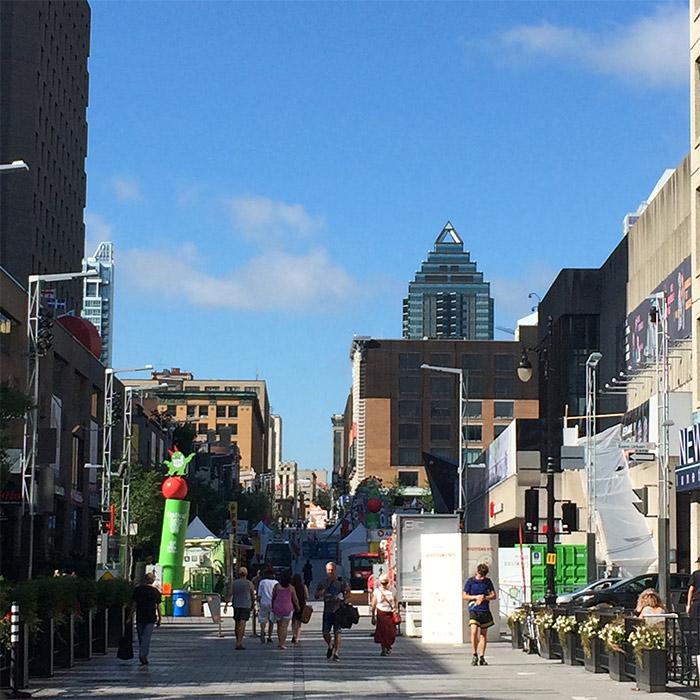 rue sainte catherine montreal