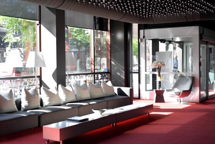 montreal hotel zero one lobby