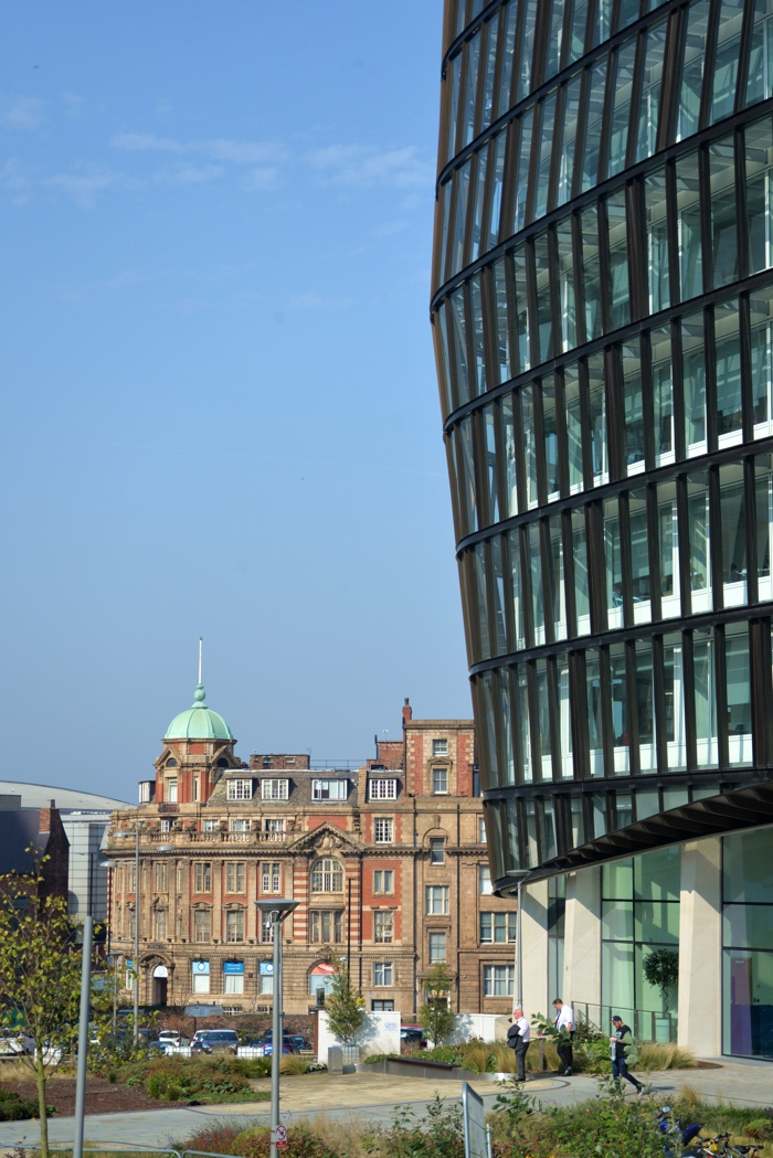 manchester angelsquare building