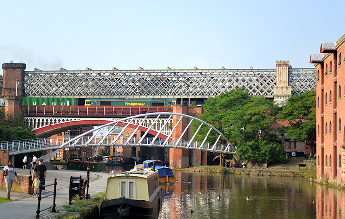 merchant's bridge castlefield