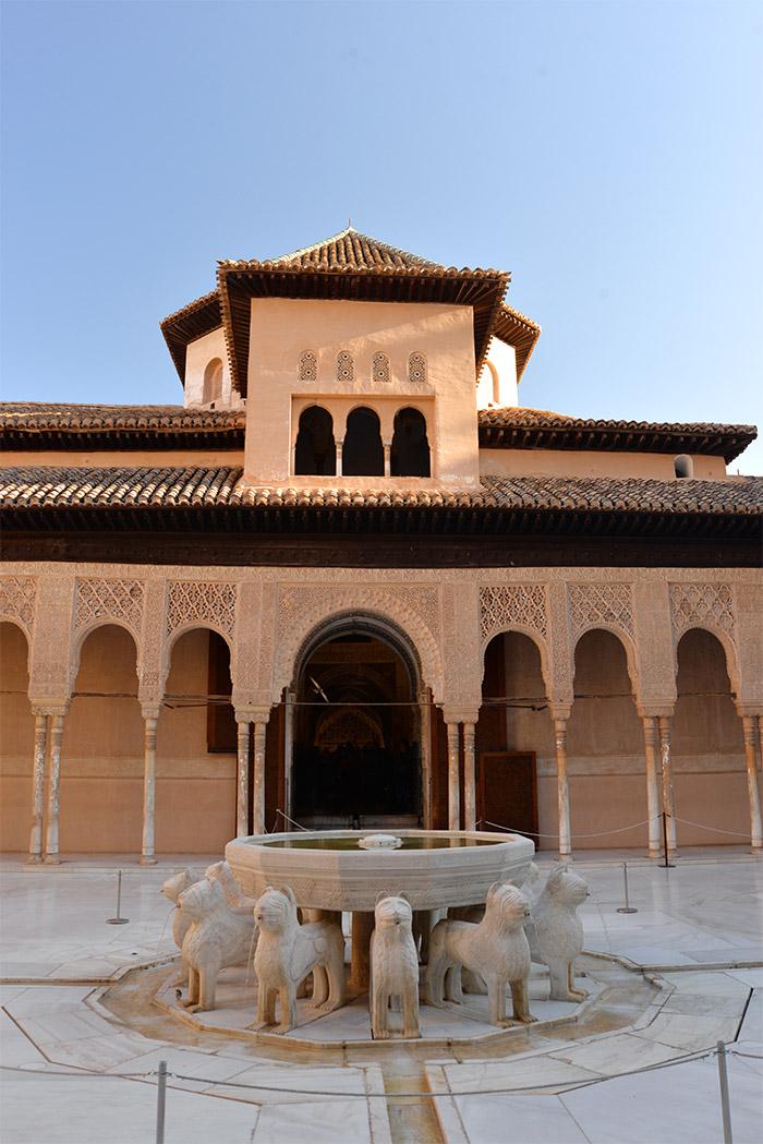 cour lions palais nasrides alhambra