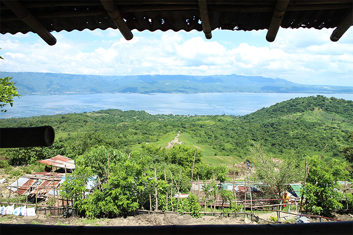 volcan taal philippines