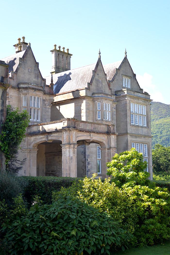 irland muckross house