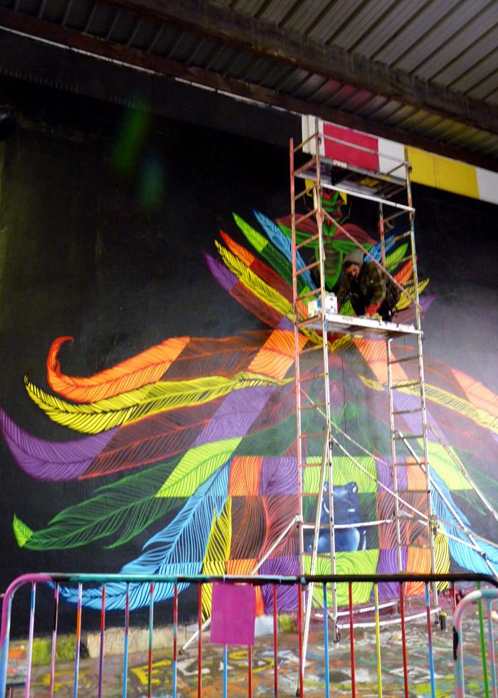 paris street art aerosol