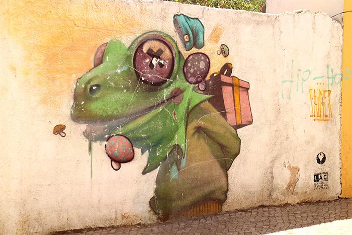 Lagos street art lézard