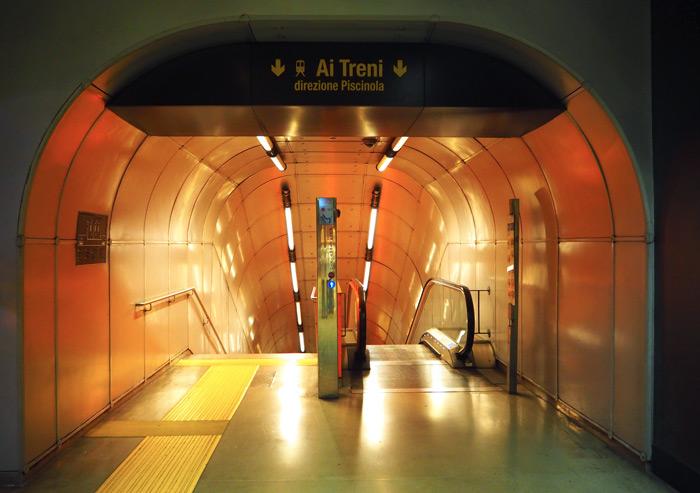 Naples métro Garibaldi