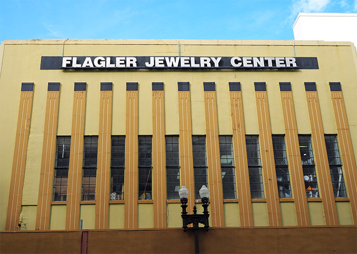 Flagler jewelry center Miami downtown