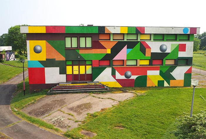 Lurcy levis street art