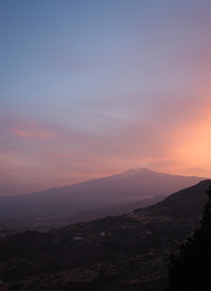 Taormina etna volcan