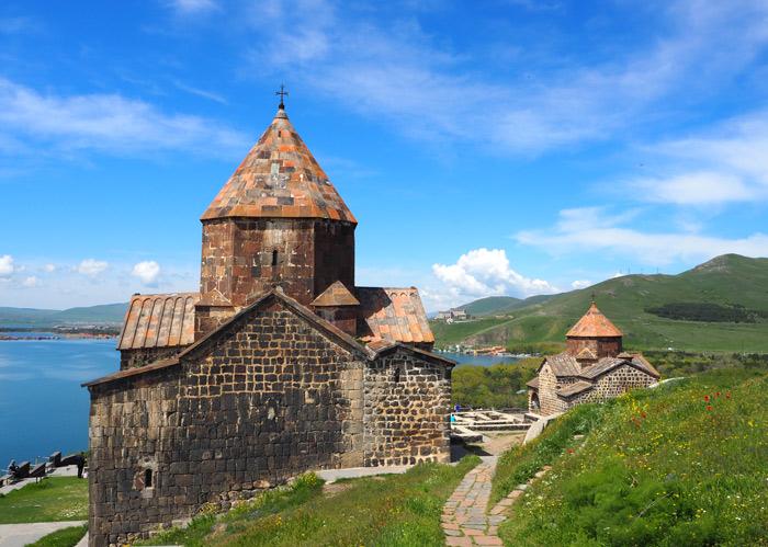site monastique lac sevan arménie