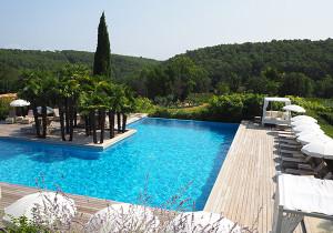 piscine chateau lorgues berne provence