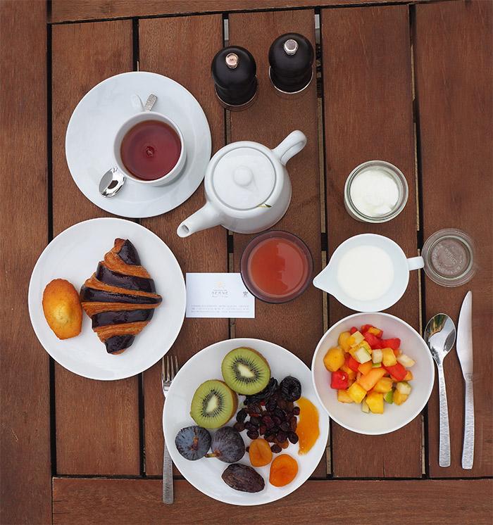chateau de berne petit dejeuner buffet