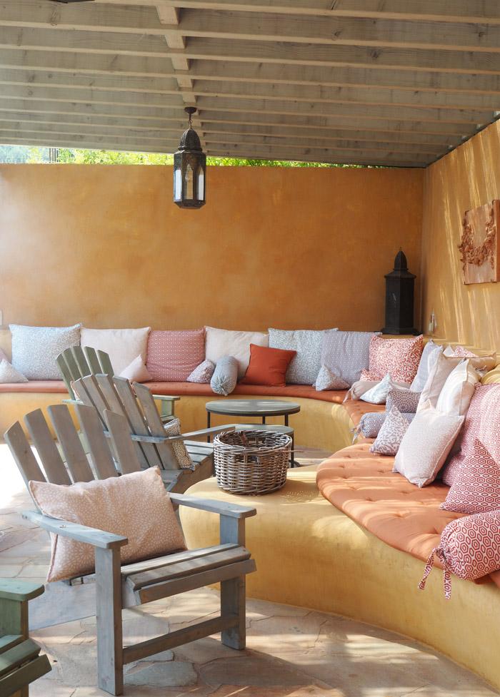 salon piscine chateau de berne provence