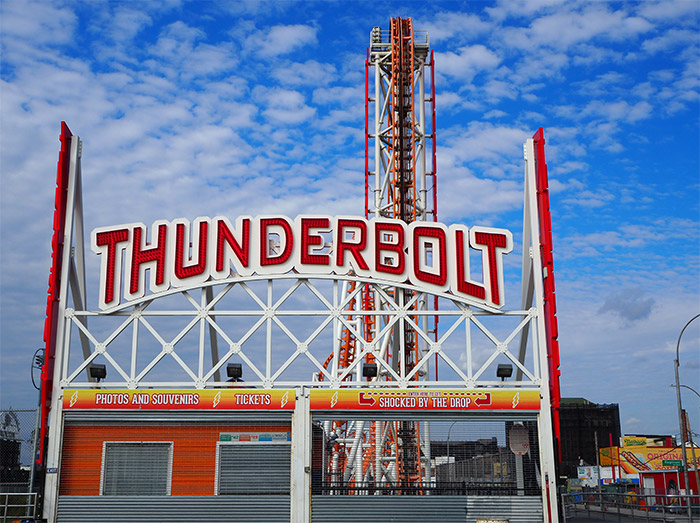 thunderbolt coney island brooklyn