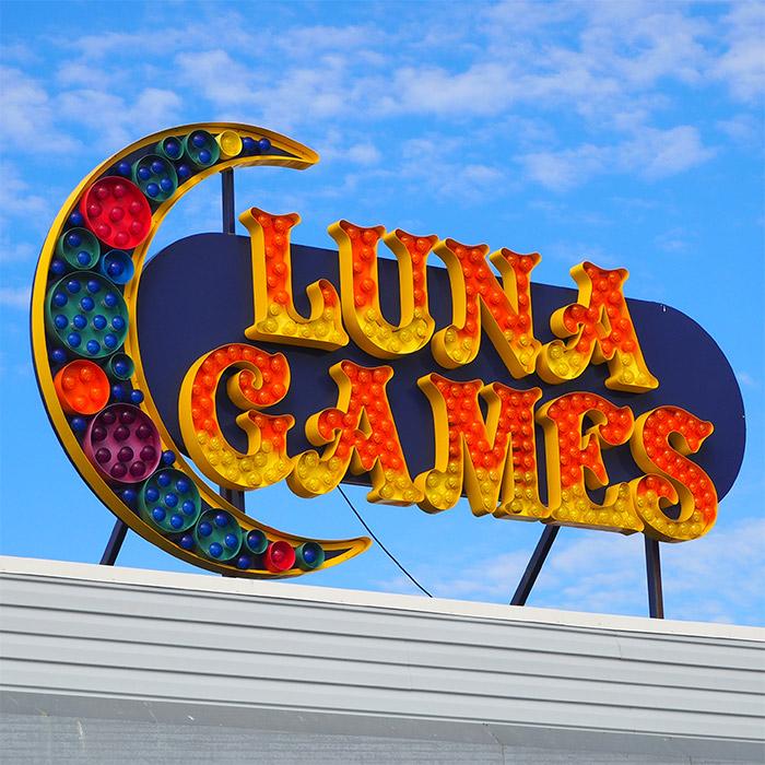 coney island luna games
