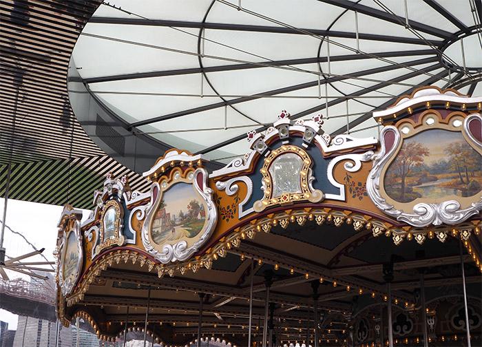 janes carousel brooklyn dumbo