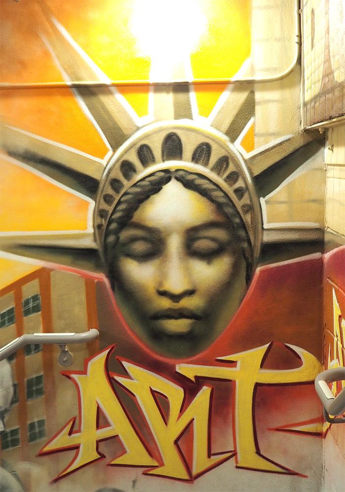 CORTES MOSA BOWERY STREET ART