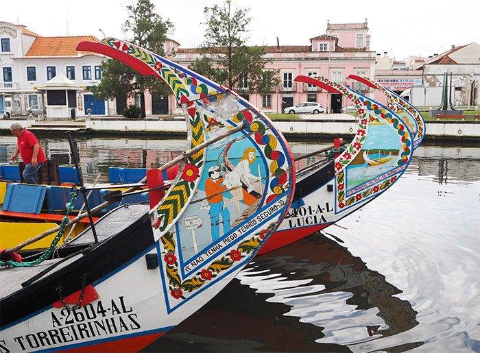 portugal aveiro moliceiros